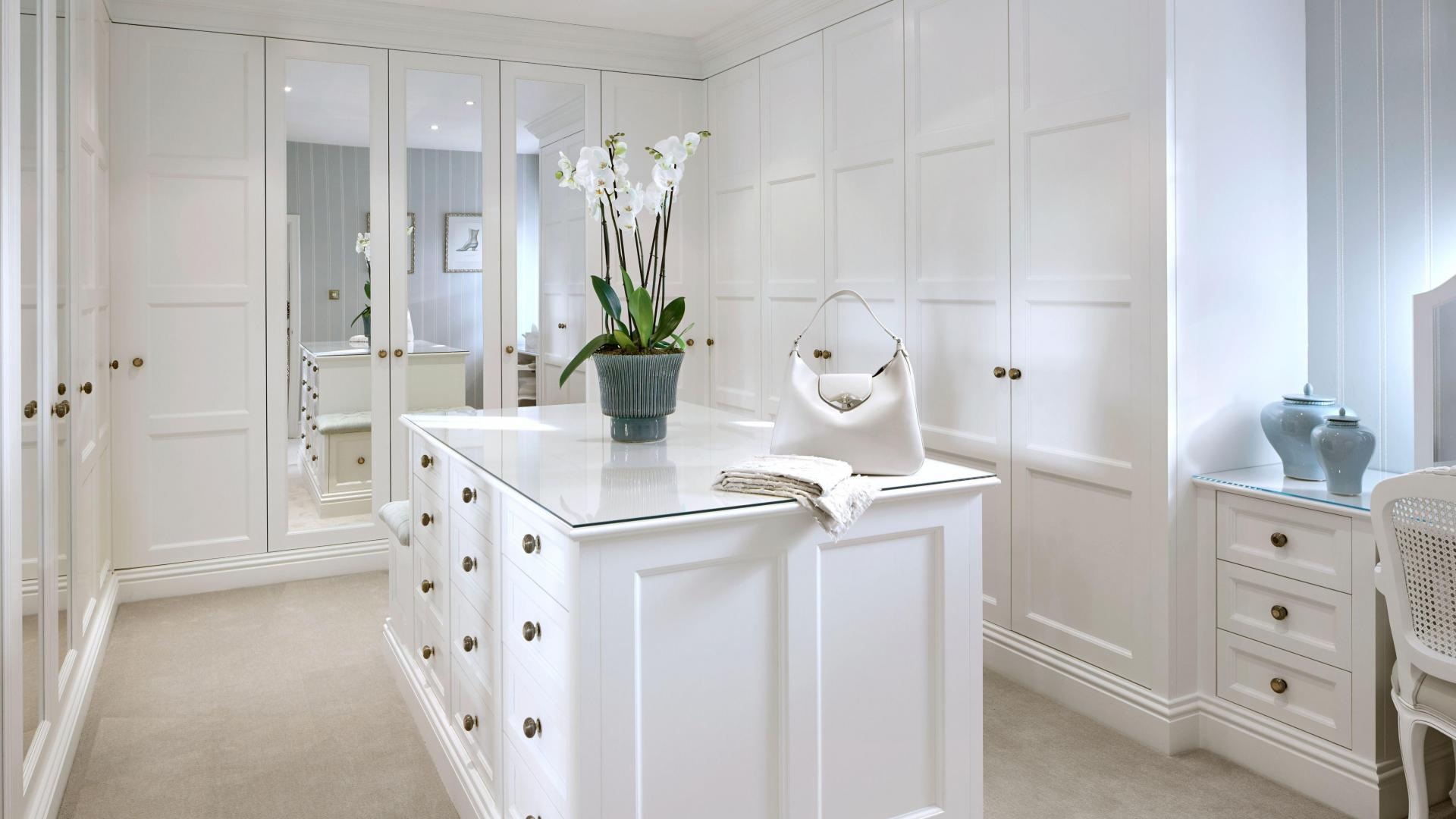 Luxury Fitted Wardrobes in London